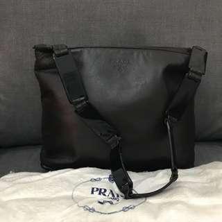 Prada shoulder bag lucite handle dark brown with dustbag