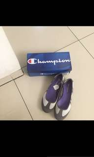 Sepatu champion ori