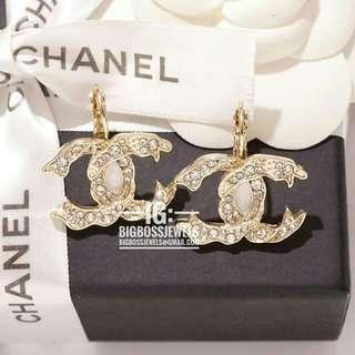 Gold Diamond Like Crystals Earrings Ear Studs Hook