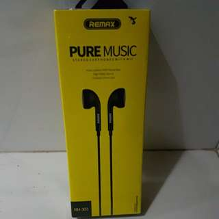 Remax  Stereo Earphones with MIC