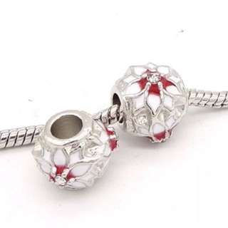 Red and White Flower Bead Chu