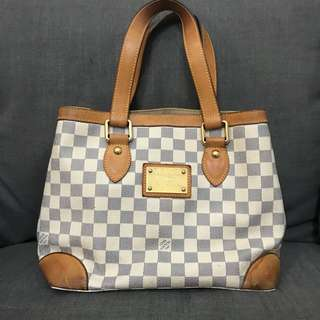 REPRICED!! LV hampstead PM azzur 2008 with replacement dustbag