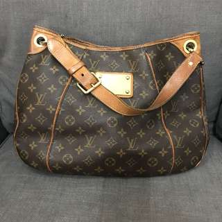 REPRICED!! LV galiera PM monogram 2008 with replacement dustbag