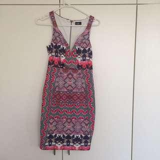Ladies print dress, size 6