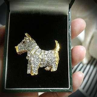 Dog Brooch (Crystal)