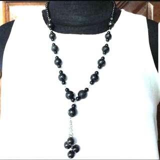2 pcs - Preloved Black & Brown Necklaces