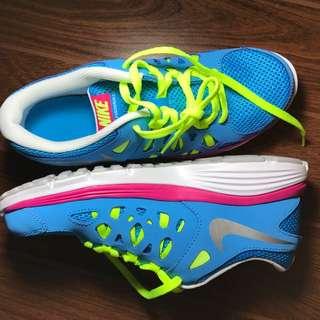 Nike Girls Fushion run 2