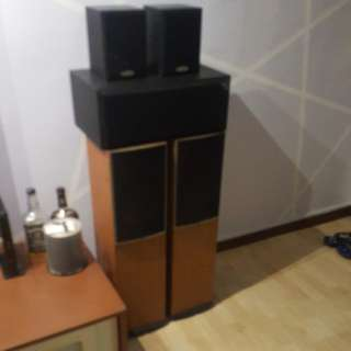 Home theather 5.1 speakers