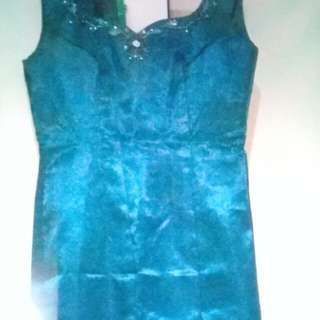 Long gown dark green for rent or sale