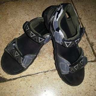 Sendal sepatu diadora ORI
