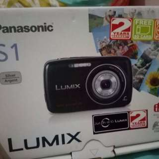 Lumix Panasonic Pocket Camera
