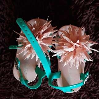 Sandal pitch