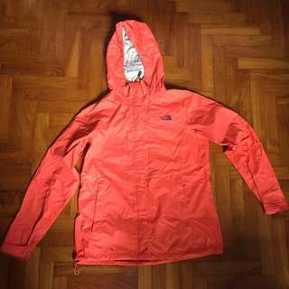 The North Face Dryvent rain shell L/XL