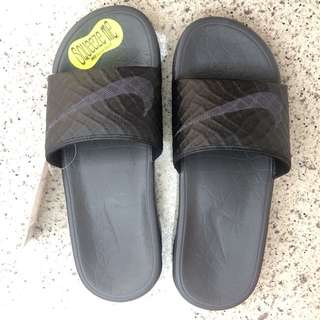Nike 拖鞋Benassi Solarsoft