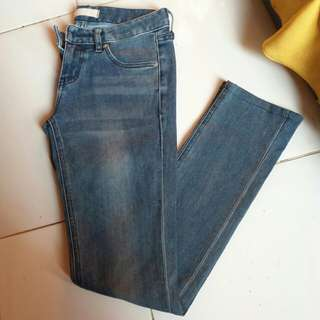 UNIQLO JEANS (free ongkir shopee)