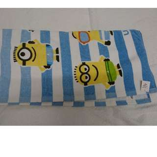 Minions towel and water resistant bag