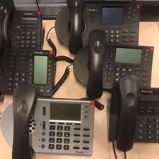 Shoretel VoIP phones almost new (6x Phones)