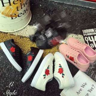 korean ladies shoes(rose embroidered) Maliit 1 size