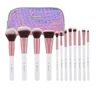 BH cosmetics crystal quartz - 12 piece brush set with cosmetic case