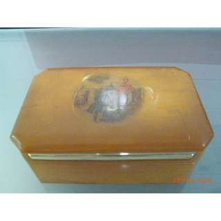 ANTIQUE BARBLE SMALL BOX FOR KEEPING JADE N JEWELLERY