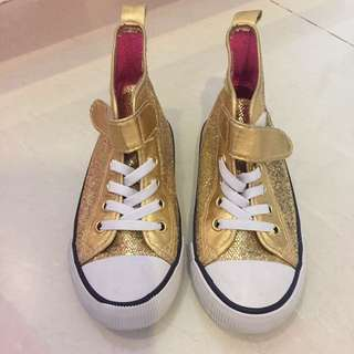 Kids shoes 26