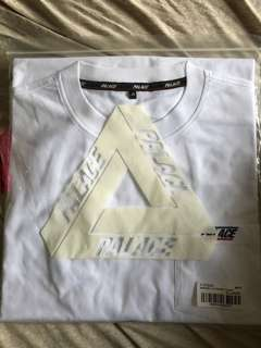 Palace Basically a Pocket Tee XL