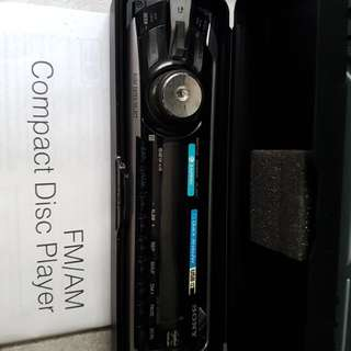 Sony CD Player (CDX-GT-480US)