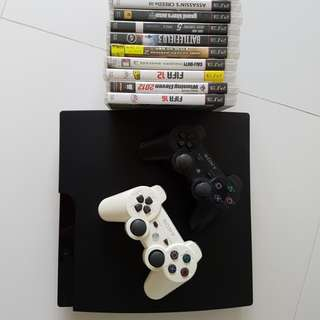 Playstation 3 + 11 free games