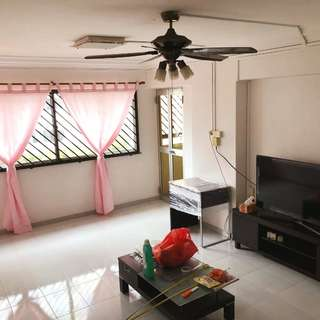 Whole Unit 4NG Blk 534 Hougang Street 52 For Rent.