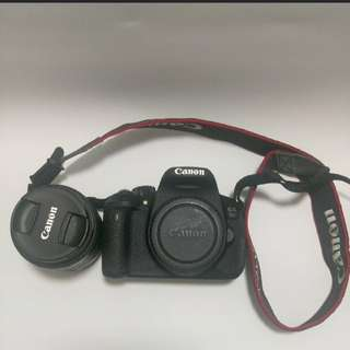 Used Canon 700d dslr full set (no usb interface) with extra battery