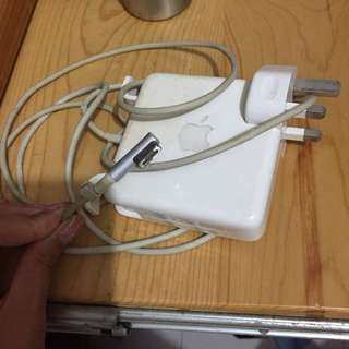 Mac laptop charger