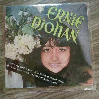 """rekod vinyl 7"""" ernie djohan"""