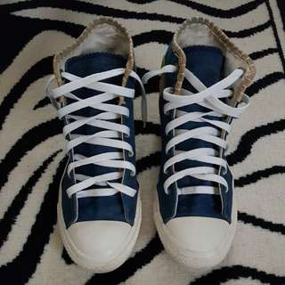 Converse Denim Size 8