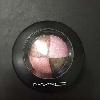 Brandnew Authentic MAC Mineralize Eyeshadow (Pink Sensibilities)