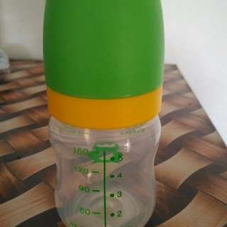 Tupperware baby bottle
