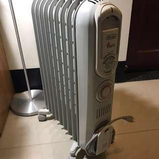 🚚 迪朗奇葉片式暖爐