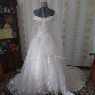 Wedding gown complete set