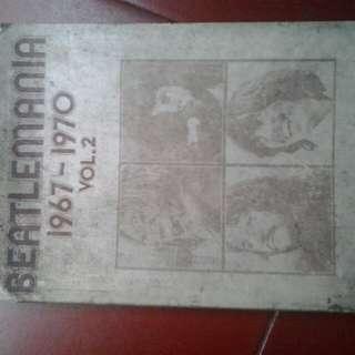 Buku kumpulan lagu beatle ada not baloknya