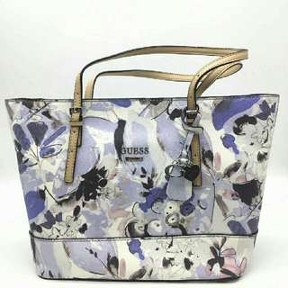 AUTHENTIC GUESS FLORAL WINTER