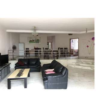 Kismis Court huge 4bedroom for rent.