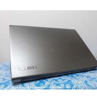 Toshiba corei7 Netbook