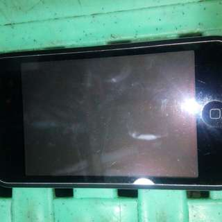 IPOD ITOUCH 8GB.