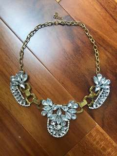 Kalung batu crystal