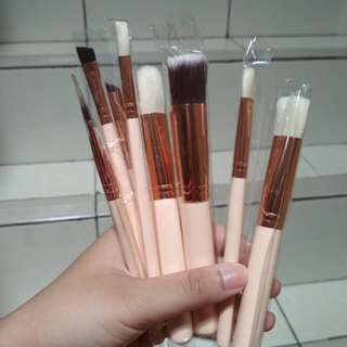 Make up face and eye brush