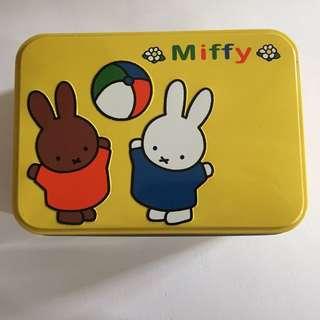 Miffy 鐵盒