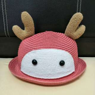Cute pinky hat with deer design from japan