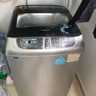 Like new Samsung wobble 10.5kg washing machine / washer
