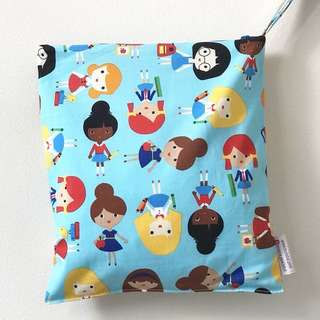M size 10 x 11 inches - Snap Wetbag Made with Fabric from USA ** Quality Durable Trusted Zipper brand: YKK *FOC Normal Post.