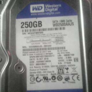Wd250gb sata/ hitachi laptop hdd'250gb /Kingston kvr1333 2gb memory /processor amd a4 5300