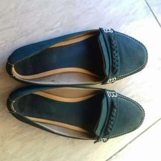 Sepatu flat shoes